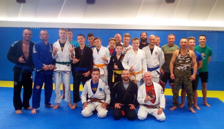 Drodzy klubowicze zapraszamy na nasze nowe zajęcia Brazylijskiego Jiu Jitsu na sali Active!! 🥋🇧🇷…