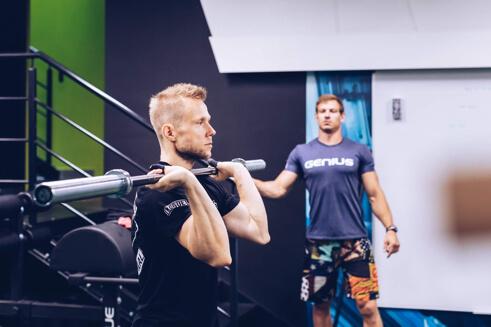 Co to jest w ogóle ten CrossFit?🤔 Jak najkrócej wytłumaczyć, na czym polega?🤔 Co…