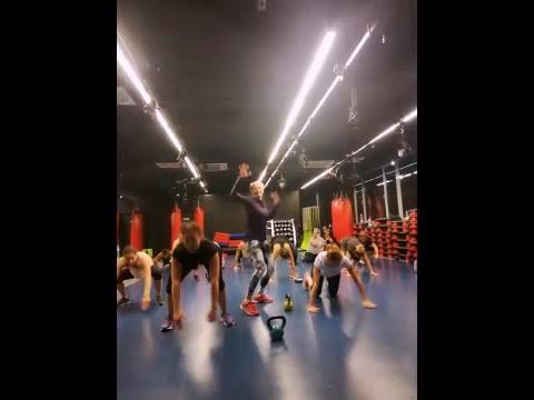 Jak wyglądały wczorajsze zajęcia Body Challenge? Czy Agata Marcula ma zdrowy kręgosłup? Jak bawią…