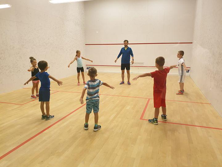 Akademia squash dla dzieci! Każdy poniedziałek! Dwie grupy! Chłopcy g. 18:00-19:00 Dziewczynki :00-20:00 W…